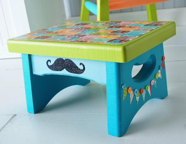 Circus-themed stool. Photo from Mod Podge Rocks